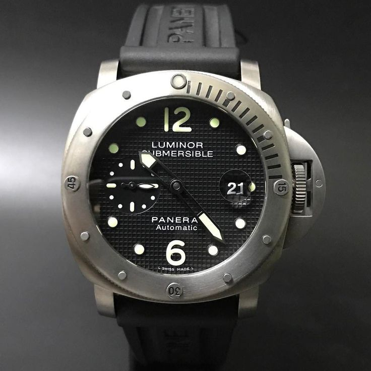 Panerai Submersible Pam 25 Titanium. #watchporn #watchmania #wristwatch #watchoftheday #timepiece #secondhand #instawatch #secondoriginalwatch #jamtanganseken #preownedwatch #luxurywatch. www.mulialegacy.com