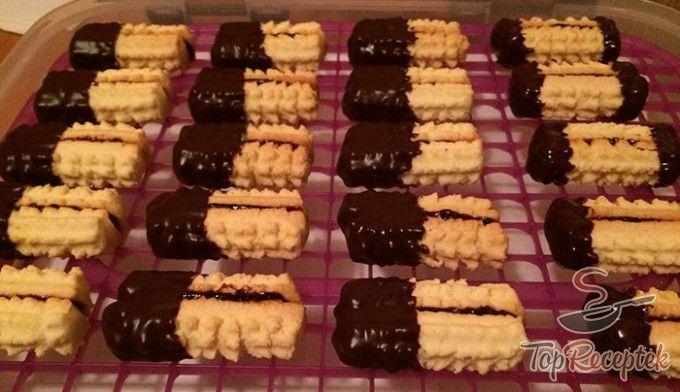 Csokoládés darált aprósütemény