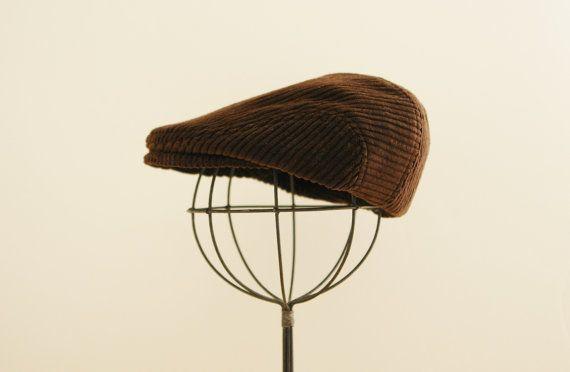Sombrero de vendedor de periódicos marrón, casquillo plano marrón, sombrero de pana, sombrero del invierno de niño, sombrero del muchacho vendedor de periódicos, sombrero de papel de muchacho - pedido