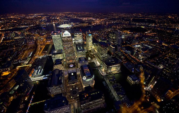 Canary Wharf & the Isle of Dogs, by Jason Hawkes.
