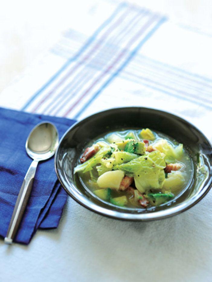 キャベツの甘みとアボカドのコクが味の決め手 『ELLE a table』はおしゃれで簡単なレシピが満載!