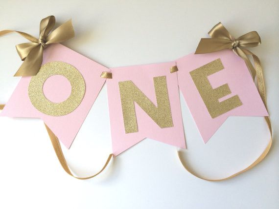 This high chair banner will compliment any theme - from a sparkly ballerina…