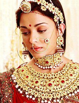 Aishwarya Rai in Jodhaa Akbar #2