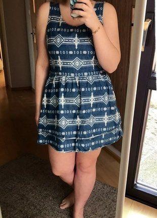 Kup mój przedmiot na #vintedpl http://www.vinted.pl/damska-odziez/krotkie-sukienki/16691072-sliczna-wzorzysta-sukienka-marki-topshop