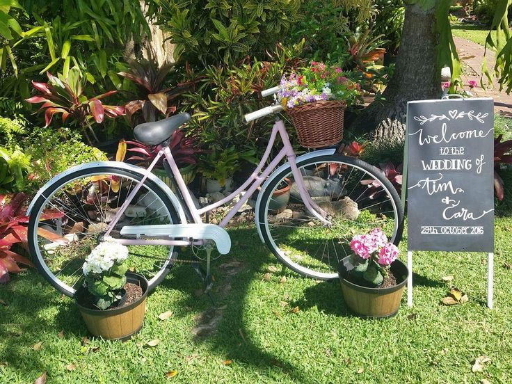 Vintage Shabby Chic Wedding Entry - 1950s bike and chalkboard sign