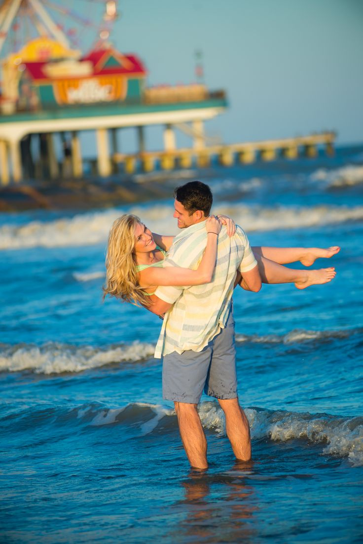 Beach, Engagement Photography, Engagement Session, Love, Engagement Pictures, Engaged, Pleasure Pier, Galveston Beach, Galveston, Texas