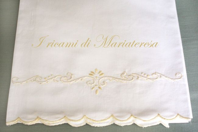 Asciugamano punto ombra, pieno, festone_1 - Dall'album di Mariateresa