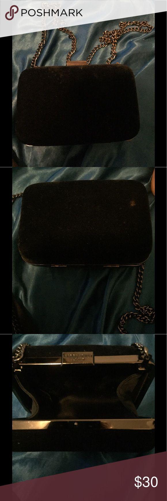 GEORGIO ARMANI PARFUMS Black velvet clutch w chain beauriful armani perfumes purse velvet with long chain armani perfums Bags Crossbody Bags