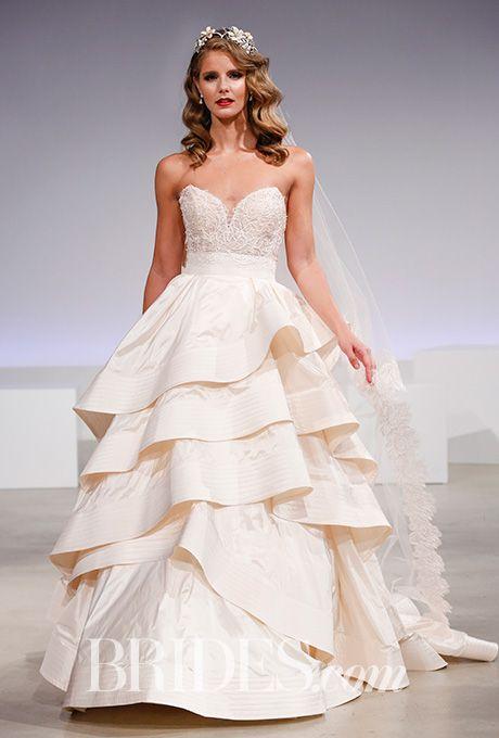 79 best Wedding Gowns images on Pinterest | Wedding frocks, Short ...