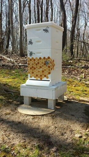 My first commission to paint a hive. Although my client was my own bee keeper…
