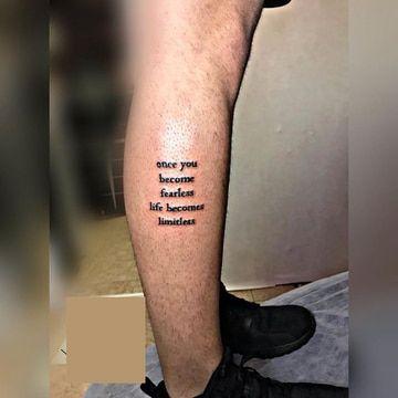 Ideas En Diseños Y Tatuajes De Frases En La Pierna Tatuajes En El