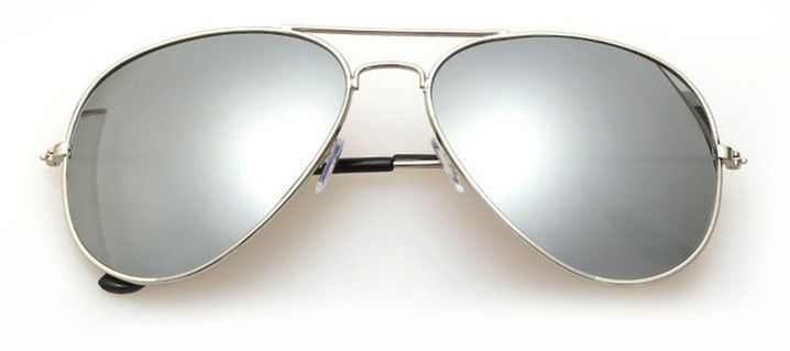 A true classic that has held its reign for over four decades, we are pleased to present our most popular mirrored aviator. With its ideal shape and full mirror finish, it is no surprise why it is in s