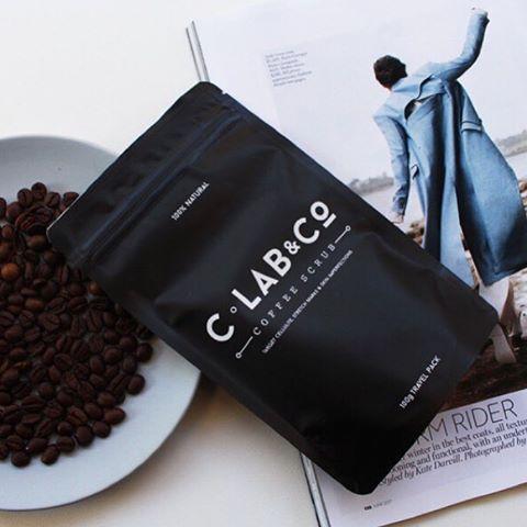 【Coffee Beans】  キュッと引き締まった肌へ。  .  #コーヒースクラブ  #コラブアンドコー  #ボディスクラブ #ボディケア #引き締め  #インバス #デイリーケア #保湿ケア  #madeinaustralia #japan  #coffeescrub  #bodycare #bodyscrub  #clabandco #clabandcojapan