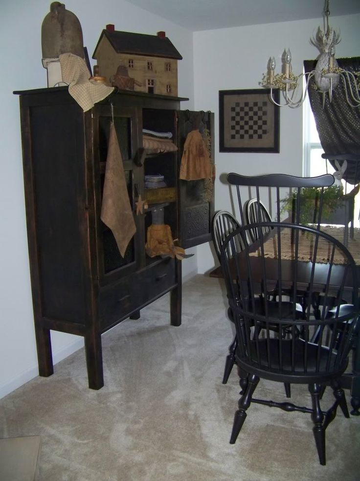 Best 20 prim decor ideas on pinterest primitive country for How to decorate a colonial home