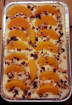 Γλυκό ψυγείου με σαβαγιάρ κρέμα και ροδάκινο…από την Αλεξάνδρα Σουλαδάκη