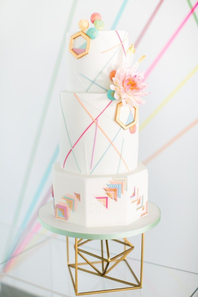 Looking for a wedding cake that will stand out from all the rest? From floral to contemporary to novelty, here are 31 beautiful wedding cake ideas for every typ