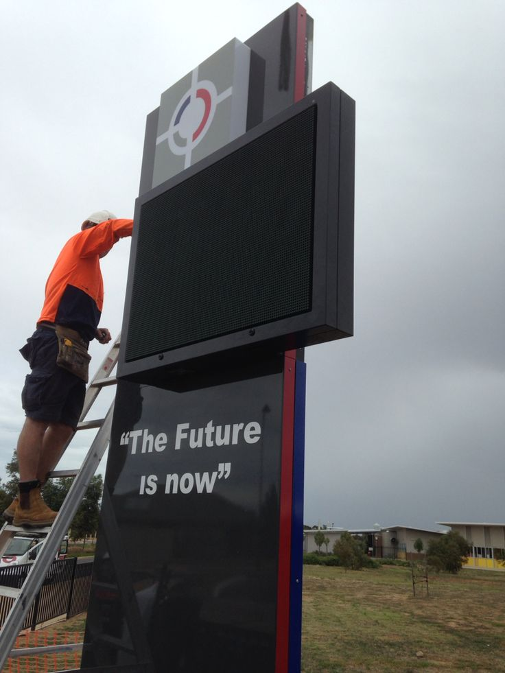 Trio solutions designs, manufactures and installed large pylon sign with large full colour digital LED screen