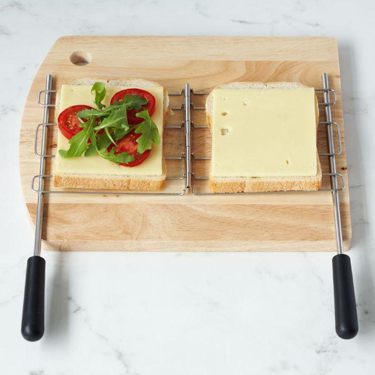 Dualit Sandwich-bur som passer til Dualit Slot Lite. Sandwich-buret er designet til å klemme forsiktig omkring brødet og fyllet, og dermed holde sandwichen intakt mens den ristes.