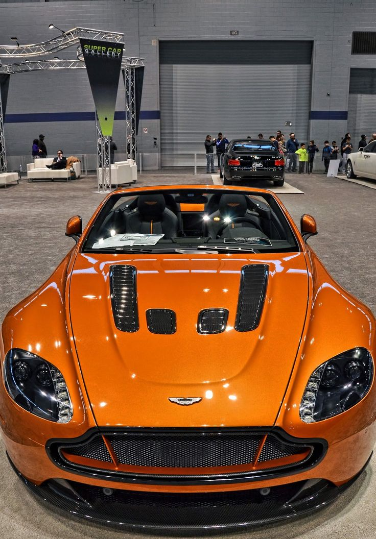 Aston Martin Vantage V12 | Drive a Aston @ http://www.globalracingschools.com