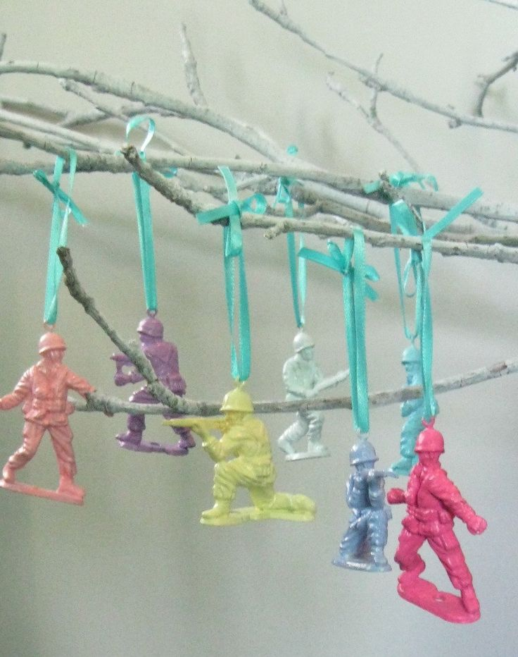 Painted Army Men Ornaments (set of 7). $23.80, via Etsy.