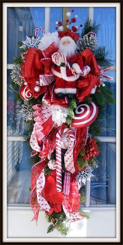 Luxury Christmas Wreaths - Maplesville, AL   I love the Santa on this!