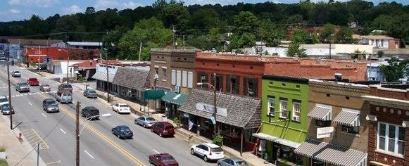 Shopping in downtown Heber Springs