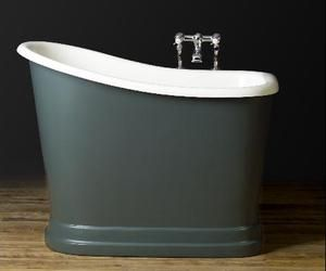 A striking, style-neutral bathtub fit for small spaces... I need this