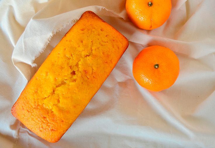 Budín de mandarinas / Tres Tenedores