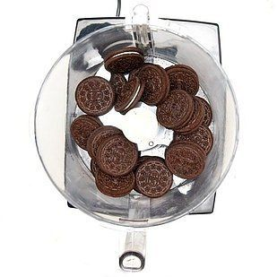 Turn cookies into cookie crumbs in a matter of seconds… | 17 Truly Magical Things You Can Do With A Food Processor