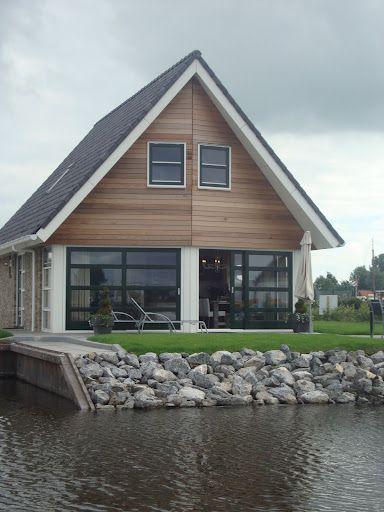 er zullen enkele woningen aan het water komen te liggen deze woningen hebben enige meerwaarde. Fabian