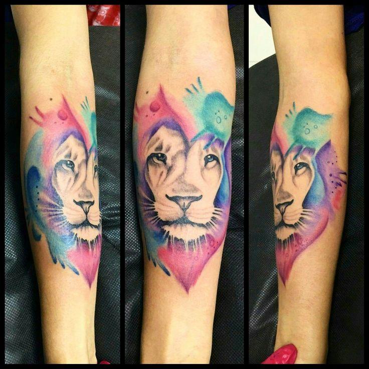 17 best ideas about tattoo leon on pinterest tatuajes leones tatuaje de le n and tattoo de leon. Black Bedroom Furniture Sets. Home Design Ideas