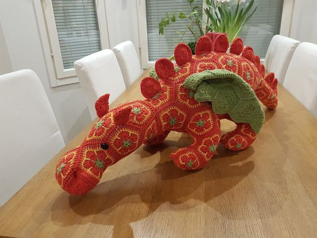 by MiaBina: Uusi lohikäärme! - Behold the New Smaug!