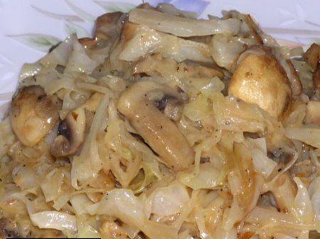 Солим капусту с грибами