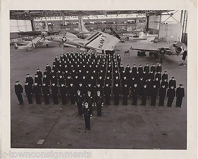 UNITED STATES NAVY AIR FORCE VINTAGE GROUP PHOTO IN FIGHTER PLANE HANGAR 8x10