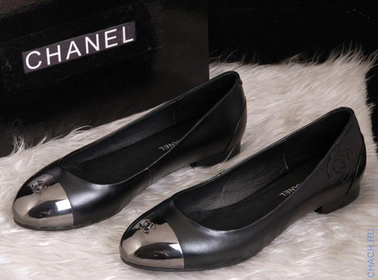 Балетки Chanel черные из натуральной кожи с темным металлизированным носом