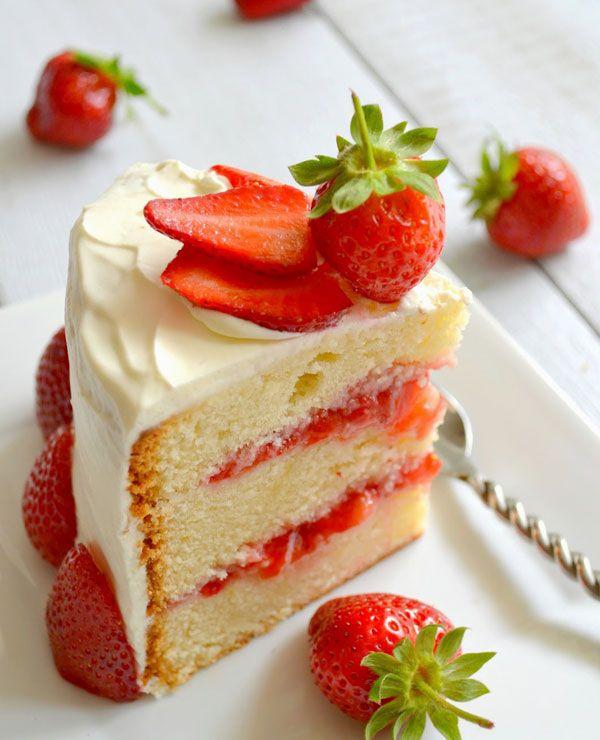 Strawberry Layer Cake Recipe | eatwell101.com