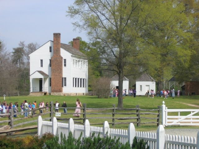 152 best plantation and other mansions images on pinterest southern homes southern. Black Bedroom Furniture Sets. Home Design Ideas