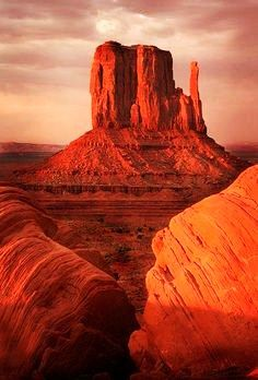 Visit the magnificent Monument Valley in Arizona. The two-week Southwestern Tour.  Tour date: TBD    Please visit Sundial Motorcycle Adventures to learn more. Turn up your volume and enjoy the tour presentation. Please note: you'll be redirected automatically to our temporary website. https://www.sunadv.com/  Everyday is an Adventure!