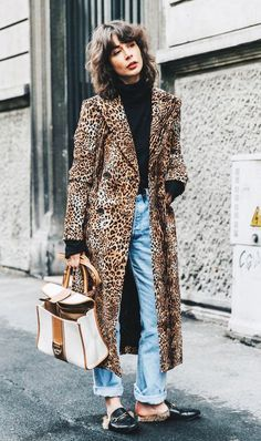 Editorial Eclectic Style Essential #1: Fur Lined Mule Loafers; Editorial Eclectic Style Essential #4: Anything Gucci Editorial Eclectic Style Essential #5: Modern Trench | NYC Street Style, fashion girls, street style trends, gucci dionysus, oversized trench coat, maximal style, gucci loafers, spring 2017 outfits