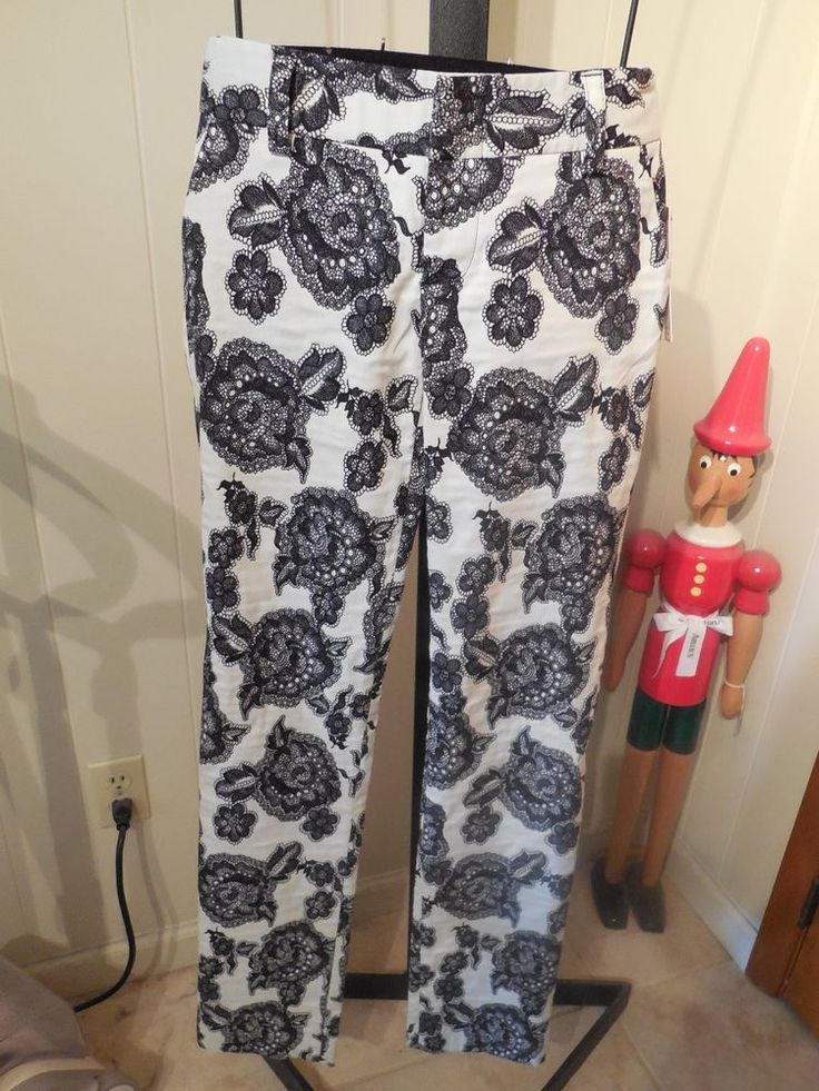 MISSES BLACK WHITE LACE PATTERN STACEY PANTS ALICE + OLIVIA 2 $275 C209-174-429 #AliceOlivia #DressPants