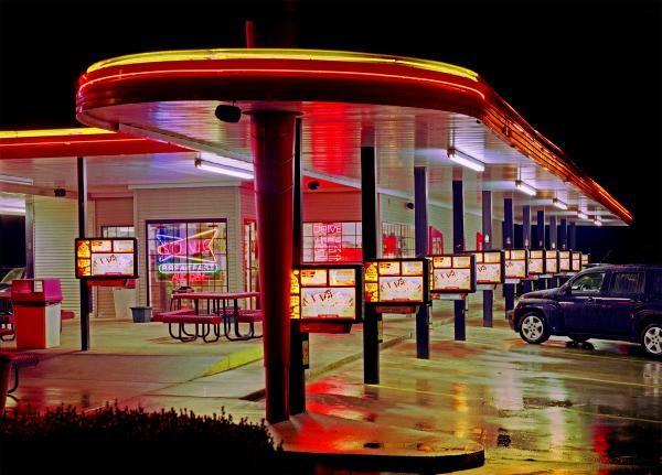 Google Image Result for http://images.fineartamerica.com/images-medium/munfordville-sonic-drive-in-james-rasmusson.jpg