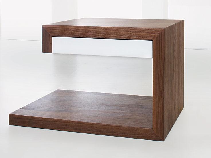 11 besten nachttische bilder auf pinterest schubladen betten und dunkelbraun. Black Bedroom Furniture Sets. Home Design Ideas