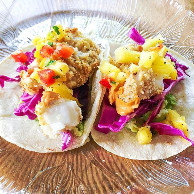 fish tacos 🌮🐟😋breaded & baked cod, avocado, red cabbage slaw, @wholefoods pineapple mango salsa, and @sirkensingtons chipotle mayo on warm corn tortillas 🙌🏻✨💓the chipotle mayo is a game changer.. SO good! . . . #tacos4life #tacos #wholefoods #foods4thought #healthyeating #healthy #healthyfood #healthymind #healthylifestyle #nourish #nutrition #balance #buzzfeed #buzzfeast #buzzfeedfood #buzzfeedtasty #buzzfeedhealth #feedfeed #food52 #f52grams #foodblogger #foodblog #tastingtable…