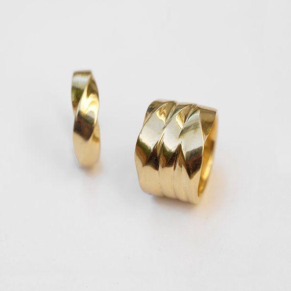 18 k Gold Mobius Ehering für Frau verdrehte von HellaGanorJewelry