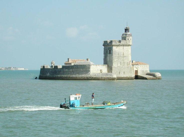 Fort-Louvois-near-Oleron-island-Atlantic-coast