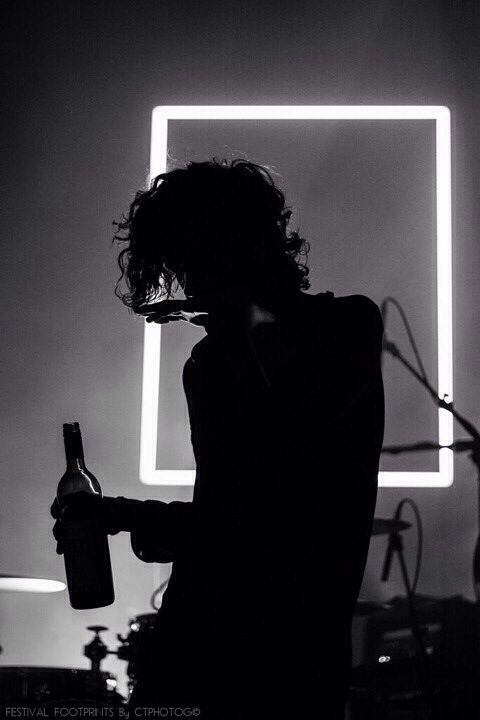 """if you wanna find love then you know where the city is"" The 1975. Matty."