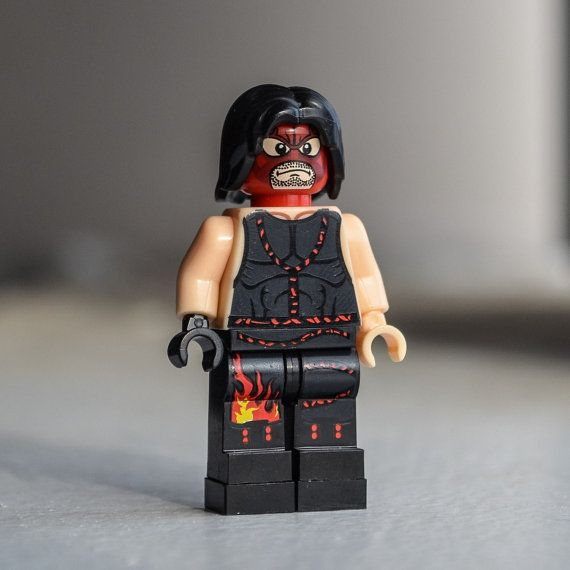 Kane WWE Pro Wrestler The Big Red Machine / Monster  by Qunotoys