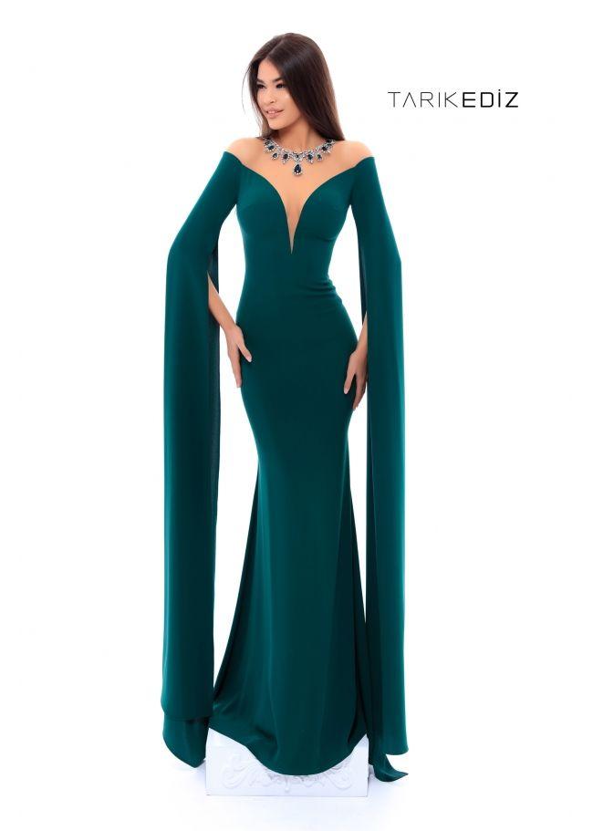 8aaa073085 Tarik Ediz- Spring Summer 2018 Evening Collection Style  93438 -  Hanging-sleeved mermaid gown.