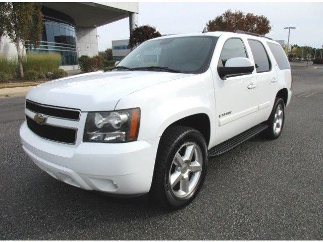 2008 Tahoe Lt Chevrolet 4x4 Navigation Fully Loaded White With Black Sharp Truck Ebay Link