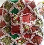 christmas rag quilt with pillow